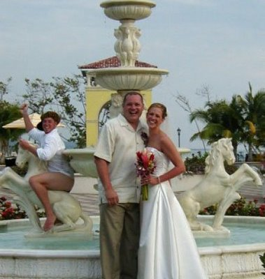 Wedding Fountain Photobomb