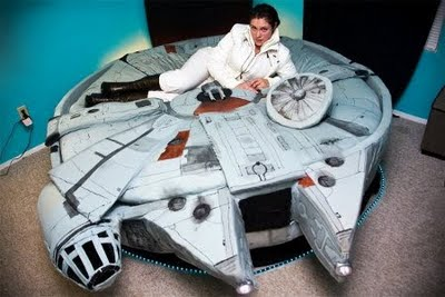 Star Wars Decor - Falcon Bed